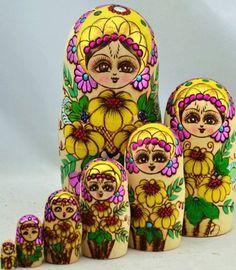 set of 7pcs wood Russian Nesting Dolls Authentic Handmade Russian Matryoshka