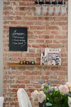 Brick wall in the kitchen Nordic Style, Scandinavian Design, Scandinavian Interiors, Cafe Design, House Design, Recycled Brick, Interior Stylist, Large Homes, Exposed Brick