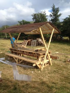 Pallet picnic bench and roof