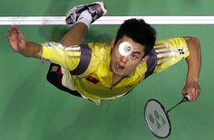 Badminton is a great sport for everyone to play if you know all how to play it correctly. Here is a list of different badminton strokes and how to play them. Las Vegas, Badminton Court, Cars 1, Cool Iphone Cases, Nike Workout, World Of Sports, Sport Quotes, Girl Dancing, Smoothie Diet
