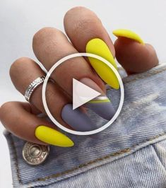 You have me if you need me. Nails Designs chrome Simply click here to read more... Nails Designs chrome Spring Nails, Summer Nails, Cow Nails, Beauty Nails, How To Do Nails, Coffin Nails, Pretty Nails, Nail Art Designs, Gemstone Rings