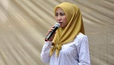 Gagal Jadi Walikota, Vera Diisukan Banting Setir Jadi Caleg -  #Pelita #BeritaBanten #InfoBanten #Banten - http://bit.ly/2L5d4EU