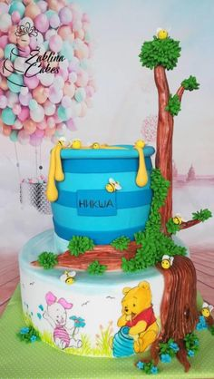 Vinnie the Pooh hand painting  cake by Zaklina
