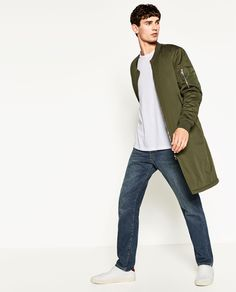 i've seen this on 2 guys i know. Long Bomber Jacket, Long Denim Jacket, Military Jacket, Mens Winter Coat, Zara Man, Double Breasted Coat, Fashion Looks, Casual, Colours