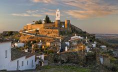 Alentejo, Portugal Moura, Estremoz, Elvas, Monsaraz... Villas portuguesas elegantes que dialogan con el campo
