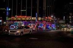 https://flic.kr/p/qHpjUg | 빛나는 마차 : Shining wagons | 서울광장과 청계천을 돌아다닐 수 있는 관광용 마차