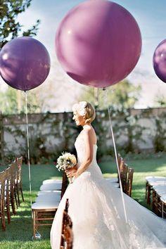 Ultra Violet - Decorations and details #balloons #weddingideas #purplewedding