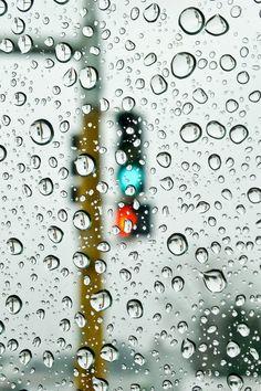 Rain and traffic lamp.