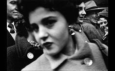 :: Woman in Crowd, New York, william klein, 1955 ::