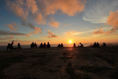Menikmati Senja Dari Atas Bukit Parang Endog Jogja  Yuk Piknik