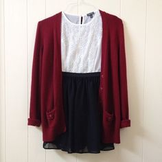 Burgundy cardigan white patterned top and a black skirt! Fall Winter Outfits, Autumn Winter Fashion, Fall Fashion, Summer Outfits, Pretty Outfits, Cute Outfits, Librarian Style, Burgundy Cardigan, Get Dressed
