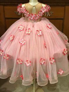 Little Girl Princess Dresses, Little Girl Dresses, Girls Dresses, Flower Girl Dresses, Baby Frocks Party Wear, Kids Dress Clothes, Baby Birthday Dress, African Dresses For Kids, Baby Girl Dress Patterns