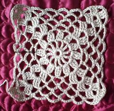 Crochet Beret Pattern, Free Crochet Doily Patterns, Granny Square Crochet Pattern, Easy Knitting Patterns, Crochet Squares, Crochet Motif, Crochet Doilies, Crochet Flowers, Crochet Circle Vest