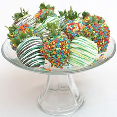 Celebration Chocolate Covered Strawberries - Celebrate your patriotic spirit with the Celebration Chocolate Covered Strawberries . Perfect for the Fourth of July, these lusciously large,. Belgian Chocolate, Love Chocolate, Chocolate Dipped, Chocolate Lovers, Chocolate Heaven, Easter Chocolate, Yummy Treats, Sweet Treats, Delicious Deserts