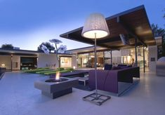 Hopen Place, design  by studio Whipple Russell Architects in Hollywood Hills, California 02