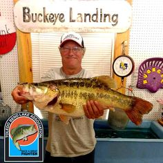 John Viles of Cleveland, TX caught this 10.04 lb fish on March 18, 2017 and weighed it in at Buckeye Landing Marina. Congratulations on your catch. This is fish number 058 for the May 2016 to May 2017