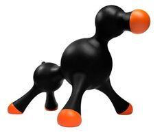 No, no es una broma! Es lo que viene a ser una muñeca hinchable para nosotros... XD Así quizás ya no se monte encima de tus invitados :) #mascotas #paratorpes #gadgets #animales #perros