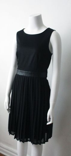 H LEATHER PLEATED DR SZ8