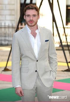 Richard Madden attends the Royal Academy of Arts Summer Exhibition at the Royal Academy on June 3, 2015 in London, England. (Photo by Karwai Tang/WireImage)