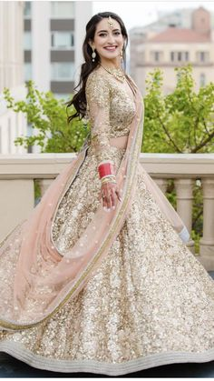 New Wedding Indian Bridal Lehenga Receptions Ideas Indian Bridal Outfits, Indian Bridal Lehenga, Indian Bridal Wear, Indian Dresses, Bridal Dresses, Lehenga Reception, Wedding Lehnga, Wedding Attire, Desi Wedding