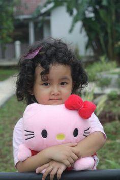 She like Hello Kitty