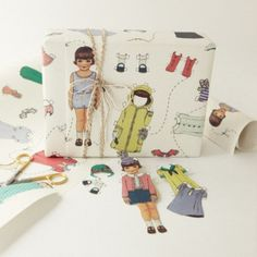 ✂ That's a Wrap ✂ diy ideas for gift packaging and wrapped presents - dollies