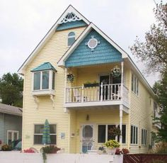 The Lake House on North Beach. Classic, Coastal Cottage in South Haven