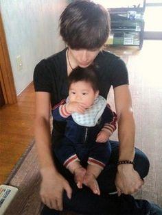 Ike with his nephew...cute #Spyair #Ike