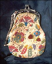 Nostalgic Needle - Tudor Flowers Purse.