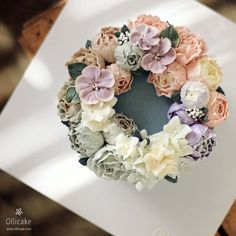 #buttercreamflowercake #flowercake #buttercreamcake #flowercupcake…