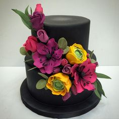Wedding cake of the week. Congratulations to Jennifer & Eric! #de#wedding #cake #custom #edible #sugarflower #roses #anemone #eucalyptus #ranaculous #vivid #colors #losangeles #westla #westpico #r#bakery