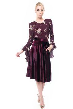 Velvet Skirt, Purple Velvet, Floral Prints, Dresses With Sleeves, Long Sleeve, Skirts, Cotton, Fashion, Moda
