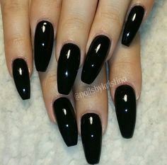 Want. I'm craving claws on my hands. I want long nails. (I'll probably regret it when I try doing laundry. Or changing a diaper. Don't care. Need em).