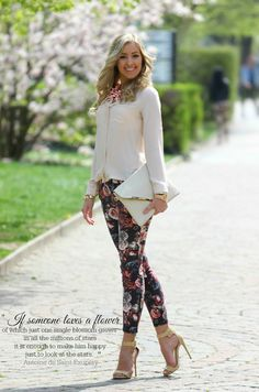 Talking about 2018 spring inspired street style, then I think it's better to look through these awesome images of Mesi and Panni, two girls who rule Hungarian Cool Outfits, Fashion Outfits, Womens Fashion, Casual Work Attire, Leggings Fashion, Business Fashion, Dress To Impress, Spring Outfits, Street Style