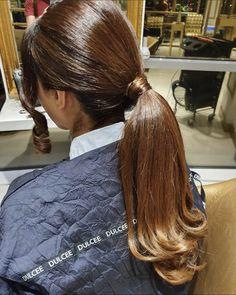 Ponytail Scrunchie, Long Hair Ponytail, Long Ponytails, Ponytail Hairstyles, Scrunchies, Gorgeous Hair, Beautiful, Wild Hair, Buns