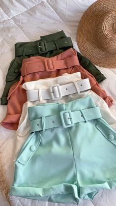 Chic Outfits, Casual Chic, Short Dresses, Bb, Clothes, Women, Women's Clothes, Tropical Outfit, Pregnancy Fashion Dresses