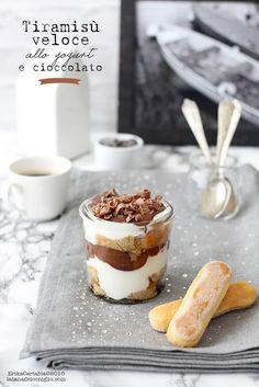 La tana del coniglio: Tiramisù veloce allo yogurt e cioccolato
