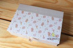 Kit fofura da Júlia – álbum de fotografias, caixa e livro do bebê | Ateliê Fofurices