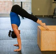 This goal!! A 4-Week Program for Achieving Handstand Happiness #crossfit