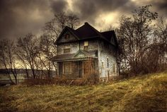 Creepy-Houses