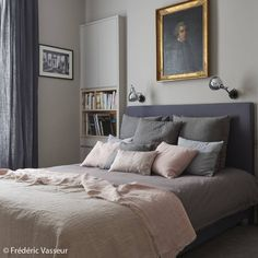 Une chambre rose et grise - Le gris, toujours aussi tendance… - Elle Décoration