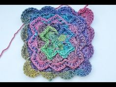 How to Crochet * Yarneater Blanket * Catherine's Wheel