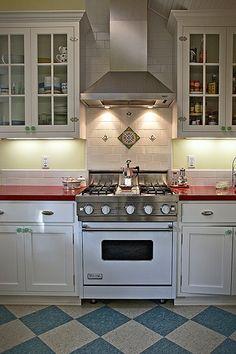 #Viking Kitchen - Chimney-Style Range Hood by Bill Lim, via Flickr