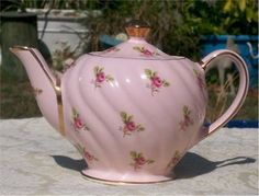 I actually have this teapot, but mine is white instead of pink.