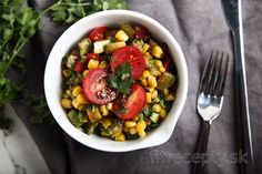 Cuketový šalát s kukuricou a parmezánom Chana Masala, Fruit Salad, Tofu, Smoothie, Food And Drink, Low Carb, Healthy, Ethnic Recipes, Smoothies