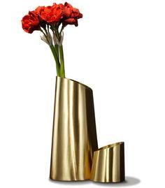 Armani Casa Design Vase, E Design, Design Elements, Floral Design, Flower Vases, Flower Art, Amarillis, Rose Gold Decor, Arte Floral