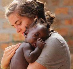 Abrazo de humanidad