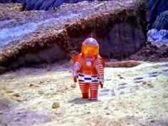 This 1965 Soviet Documentary About Lunar Colonization Is Astounding