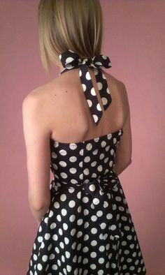 Zaczynamy sesję! #backstage #photosession #back #dots #white #black #dress #model #polkadots