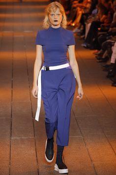 DKNY Spring 2017 Ready-to-Wear Fashion Show - Hanne Gaby Odiele